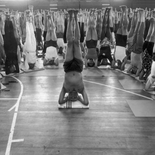 iyengar_yoga_convention_london_-_ben_icknow_
